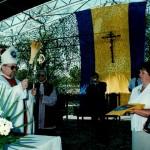 Poświęcenie symboli gminy przez ks. bp Antoniego Dydycza